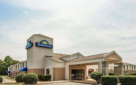 Days Inn Yadkinville North Carolina