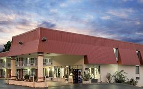 Super 8 By Wyndham Kingsport /I-81 photos Exterior