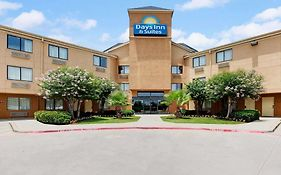 Days Inn & Suites Desoto