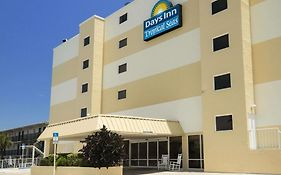 Days Inn By Wyndham Daytona Oceanfront photos Exterior