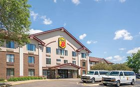 Super 8 Motel Minneapolis 2*
