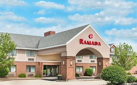 Ramada by Wyndham Vandalia Usa
