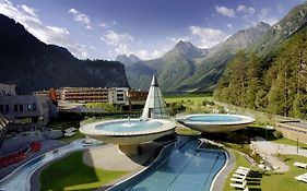 Aqua Dome 4 Sterne Superior Hotel & Tirol Therme Langenfeld