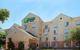 Holiday Inn Express- Dallas Park Central
