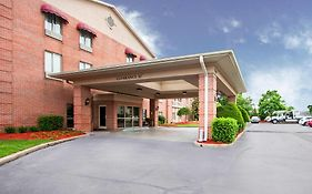 Quality Inn & Suites Germantown Tn