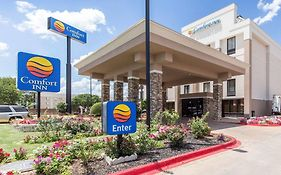 Comfort Inn Check in Age