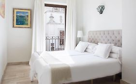 Puerta Catedral Apartments Seville