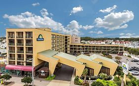 Days Inn By Wyndham Virginia Beach At The Beach  2* United States
