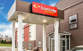 Econo Lodge Inn & Suites Walnut Ia