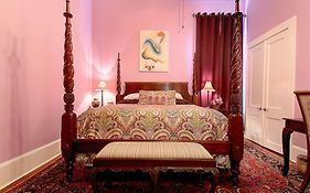 R&b Bed And Breakfast New Orleans