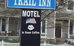 Pinconning Michigan Hotels