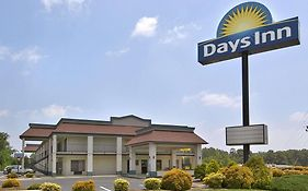 Days Inn Yanceyville North Carolina