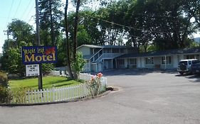 Maple Leaf Motel Shady Cove Oregon
