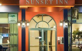 Sunset Inn And Suites Vancouver