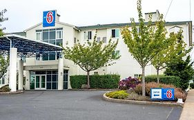 Motel 6 Lincoln City Oregon