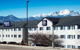 Intown Suites Extended Stay Colorado Springs photos Exterior