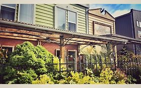 Black Rooster Guesthouse Prince Rupert