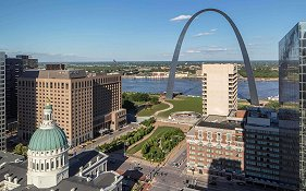 Hyatt Regency at st Louis Arch
