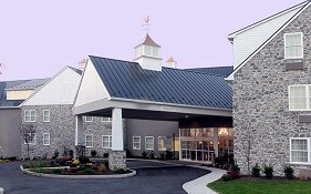 Amish View Inn & Suites