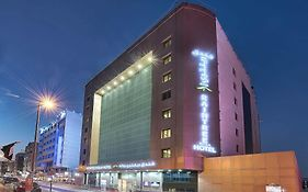 Raintree Rolla Hotel 4*