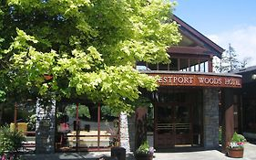Westport Woods Hotels