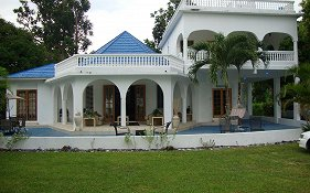 By The Sea Vacation Home And Villa photos Exterior