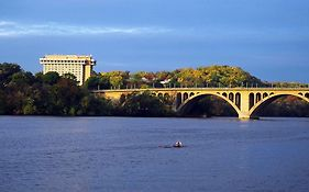 Marriott Key Bridge Arlington Va