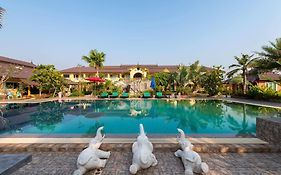 Park Pool Resort Nong Khai