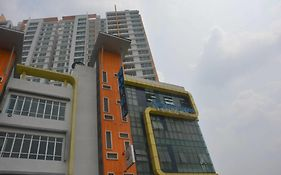 New Town Hotel
