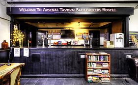 Arsenal Tavern Backpackers Hotel London