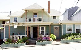Madison Inn Oak Bluffs