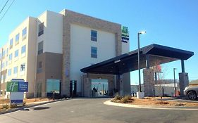 Holiday Inn Express & Suites Tahlequah photos Exterior
