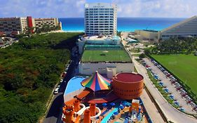 Hotel Great Parnassus Cancun Mexico