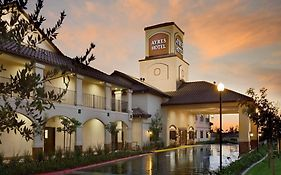 Ayres Hotel in Redlands