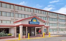 Days Inn Hotel East Brunswick Nj