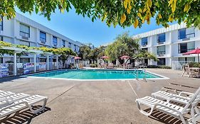 Motel 6 in Belmont California