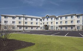 Days Inn And Suites Altoona Pa