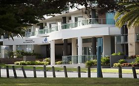 Waves Apartments Cowes