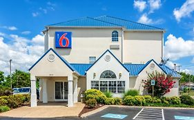 Motel 6 Downtown Chattanooga Tn