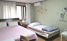 Apple Tree Guest House Seoul