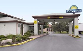 Days Inn Plainfield Indiana