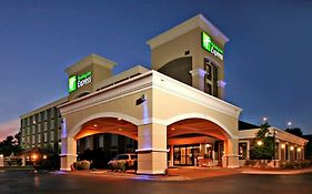 Holiday Inn Express Winston Salem Downtown