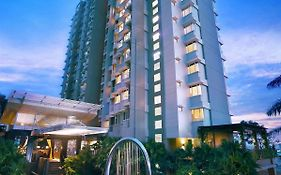 Golden Tulip Balikpapan Hotel & Suites photos Exterior