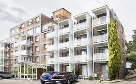 Adina Place Motel Apartments Launceston