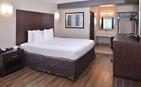 Hotels in Tarzana California