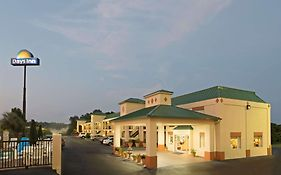 Days Inn Greenville Alabama