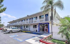 Motel 6 in Fontana Ca