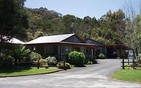 The Crays Accommodation Strahan