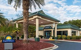 Days Inn By Wyndham Richmond Hill/Savannah photos Exterior