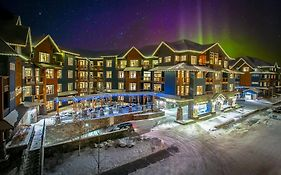 Blackstone Mountain Lodge in Canmore